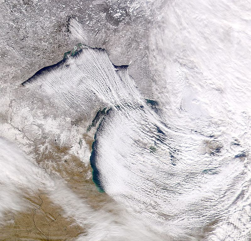 Lake Effect Snow Can Lead to Thundersnow