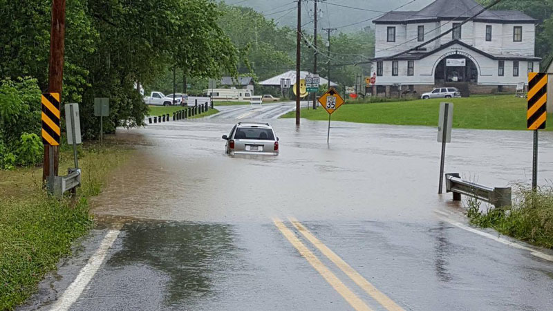 car_flood_street.jpg