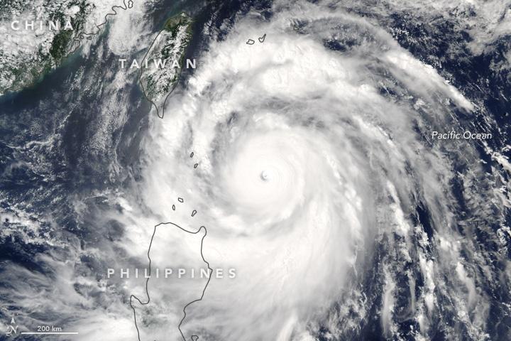 http://cdn2.hubspot.net/hubfs/604407/blog-files/typhoon_meranti.jpg